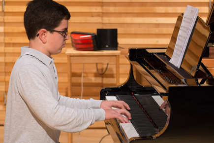 RCMJD students record ABRSM piano pieces