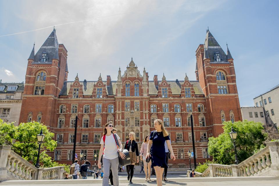 Royal College of Music di inggris – Sekolah Luar Negeri