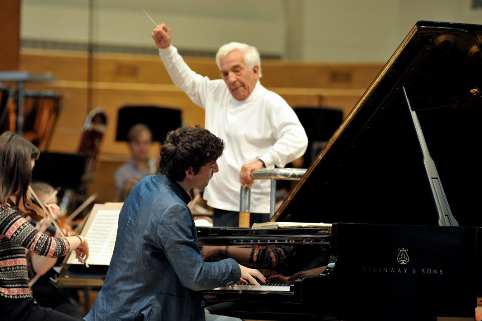RCM student performs a piano concerto with the RCM Symphony Orchestra and Vladimir Ashkenazy